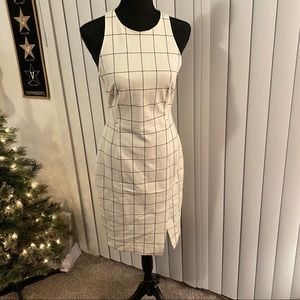 Never worn Banana Republic Windowpane Dress